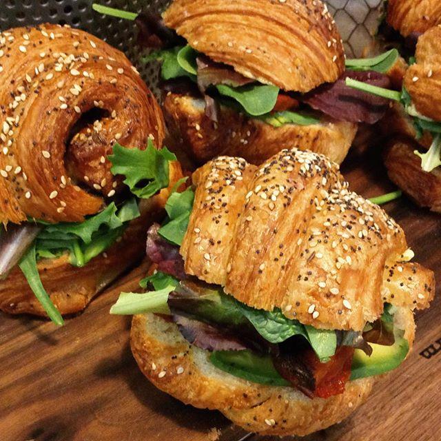 5/9/17 #milkfarmlunch •CROISSANTWICH: ham n cheese croissant stuffed w/fresh avocado, oven roasted tomatoes, greens, house muffaletta aioli •AVOCADO VEGGIE: fresh avocado, greens, cucumber, oven roasted tomatoes, herb butter, hook's 2yr cheddar, muffaletta aioli, lightly toasted on multigrain •MUFFALETTA: chopped olive salad, fresh mozzarella, spicy soppressata, genoa salami, greens, thai chili aioli, toasted on ciabatta •GRILLED CHEESE •COOKIES