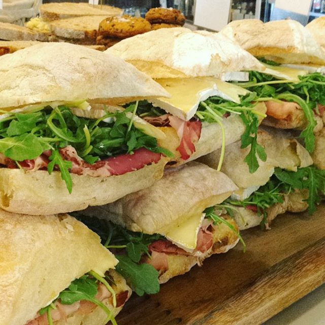 10/11/17 #milkfarmlunch HAM ROYALE: fig jam, double cream Brie, arugula, & extra virgin olive oil on ficelle • RACLETTE MELT: speck, twice cooked fingerling potatoes, shallots, fresh herbs, cornichons, garlic aioli, & Dijon on ciabatta (vegetarian option available without speck) • SIGNATURE GRILLED CHEESE • SIGNATURE MAC & CHEESE *50% off!*