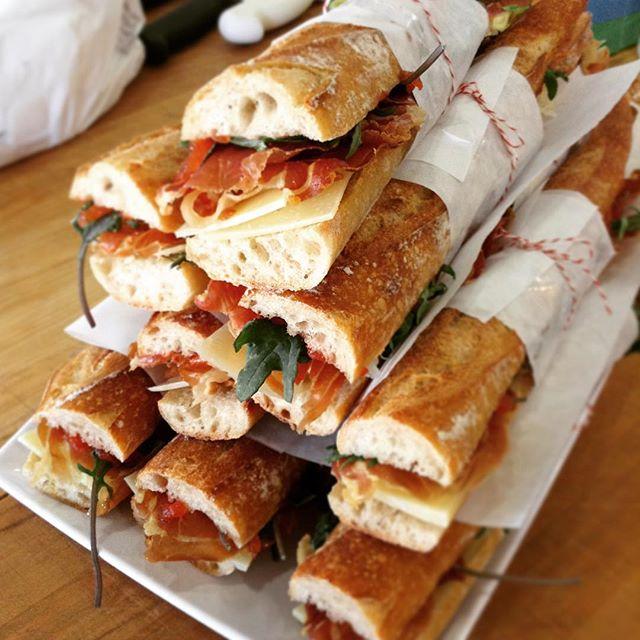 12/28/17 #milkfarmlunch • JAMON SERRANO: campo de montalban cheese, Marcona almonds, quince jam, & greens on ficelle • MUSHROOM MELT: four types of roasted mushrooms, black garlic aioli, fresh herbs, fontina, & smoked mozzarella on multigrain • TURKEY MELT: sundried tomato fennel relish, garlic aioli, holey cow, & smoked mozzarella on ciabatta • SMOKED PORK: honey thyme roasted pears, Brie, blue cheese, beurremont butter, & greens on ciabatta • SIGNATURE GRILLED CHEESE